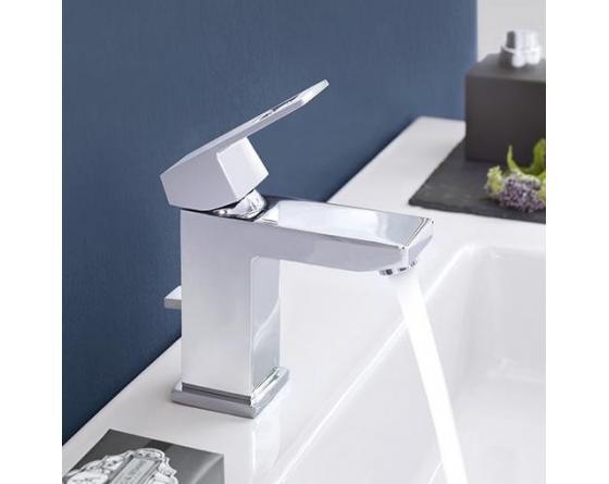 grohe eurocube einhand waschtischbatterie dn 15 m size 23446000. Black Bedroom Furniture Sets. Home Design Ideas